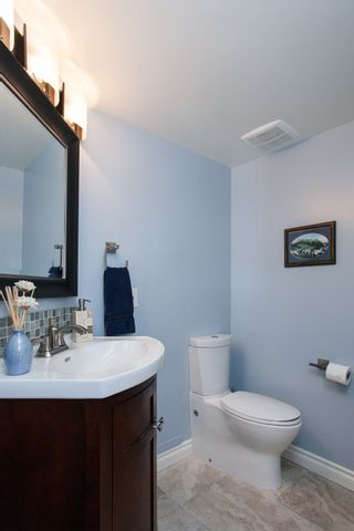 "Photo 18: # 603 408 LONSDALE AV in North Vancouver: Lower Lonsdale Condo for sale in ""The Monaco"" : MLS®# V1030709"