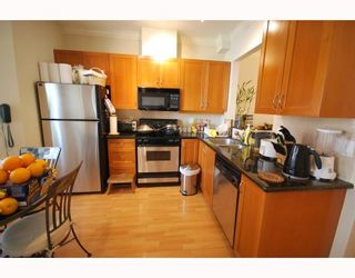 Photo 6: 489 W 46TH Avenue in Vancouver: Oakridge VW Townhouse for sale (Vancouver West)  : MLS®# V769159