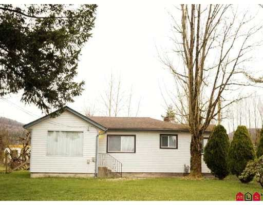 Main Photo: 4466 BELL Road in Abbotsford: Matsqui House for sale : MLS®# F2704602