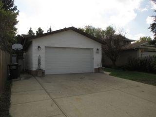 Photo 2: 3143 49A Street in Edmonton: Zone 29 House for sale : MLS®# E4244807