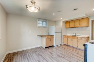 Photo 6: 2408 25 Avenue NW in Calgary: Banff Trail Detached for sale : MLS®# A1132280