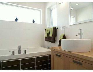Photo 7: 719 E 28TH AV in Vancouver: Fraser VE House for sale (Vancouver East)  : MLS®# V609475