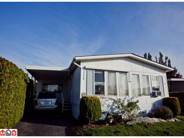 """Main Photo: 55 2303 CRANLEY Drive in White Rock: King George Corridor Manufactured Home for sale in """"SUNNYSIDE ESTATES"""" (South Surrey White Rock)  : MLS®# F1125566"""