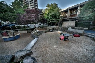 Photo 8: 607 1320 CHESTERFIELD Avenue in North Vancouver: Central Lonsdale Condo for sale : MLS®# R2594502