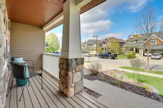 Photo 2: 718 CAINE Boulevard in Edmonton: Zone 55 House for sale : MLS®# E4248900