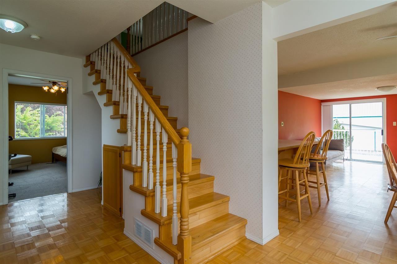 Photo 10: Photos: 3870 STEWART Road: Yarrow House for sale : MLS®# R2165934