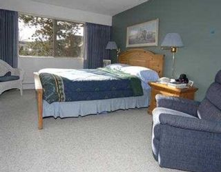 """Photo 7: # 6 5565 OAK ST in Vancouver: Shaughnessy Condo for sale in """"SHAWNOAKS"""" (Vancouver West)  : MLS®# V756903"""