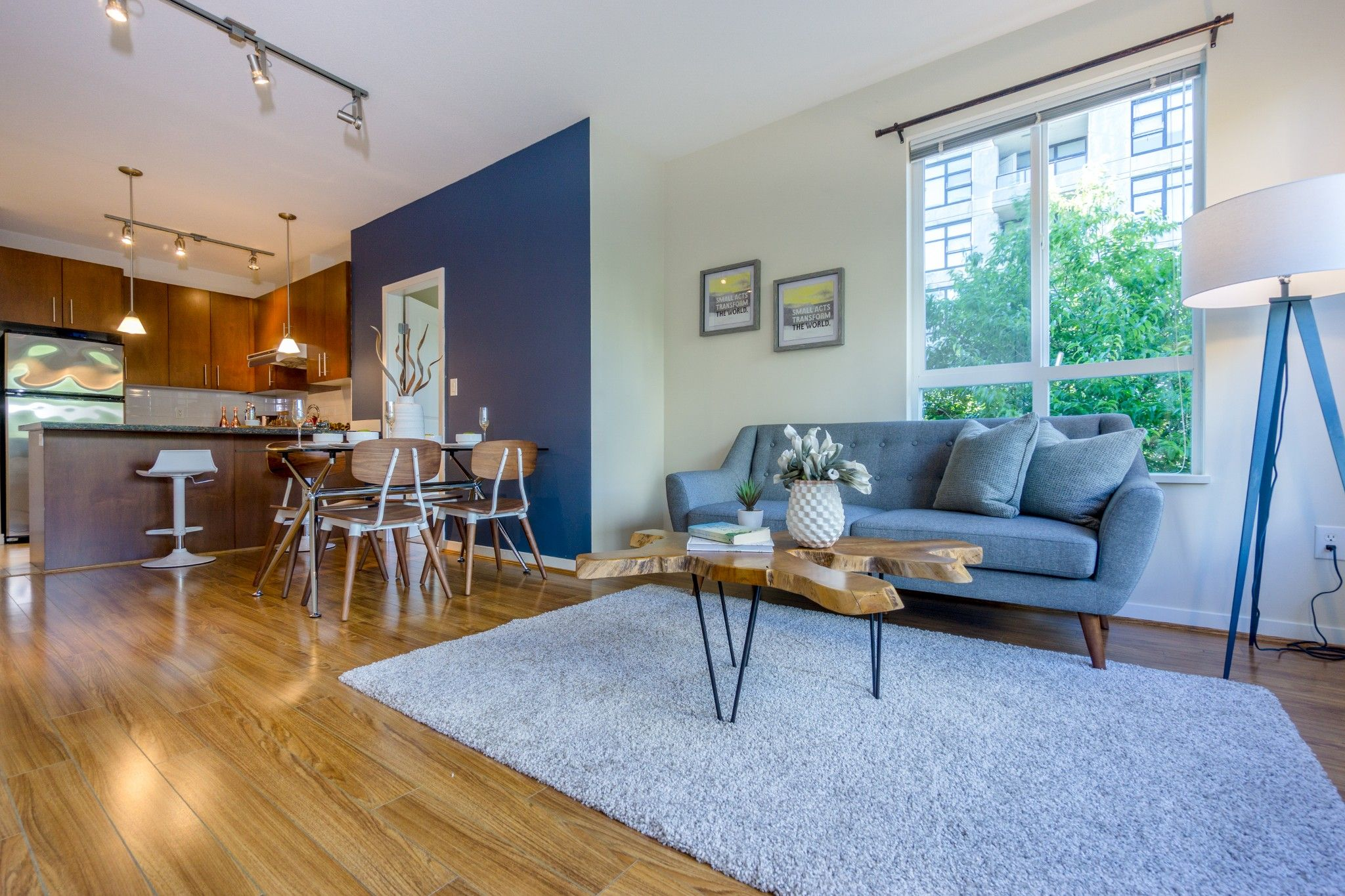 Photo 5: Photos: 208 3551 FOSTER Avenue in Vancouver: Collingwood VE Condo for sale (Vancouver East)  : MLS®# R2291555