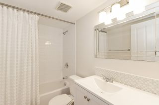 """Photo 13: 311 1988 MAPLE Street in Vancouver: Kitsilano Condo for sale in """"THE MAPLES"""" (Vancouver West)  : MLS®# R2497159"""