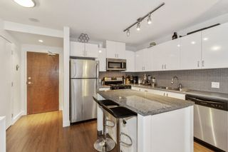 """Photo 10: 903 175 W 1ST Street in North Vancouver: Lower Lonsdale Condo for sale in """"Time"""" : MLS®# R2518154"""