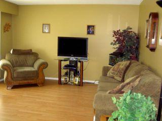 Photo 2: 875 ISBISTER Street in WINNIPEG: Westwood / Crestview Residential for sale (West Winnipeg)  : MLS®# 1016851