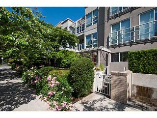 """Photo 20: 108 1823 W 7TH Avenue in Vancouver: Kitsilano Townhouse for sale in """"THE CARNEGIE"""" (Vancouver West)  : MLS®# V1073495"""