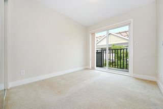 """Photo 12: 1119 ST. ANDREWS Avenue in North Vancouver: Central Lonsdale Townhouse for sale in """"St. Andrews Gardens"""" : MLS®# R2605968"""