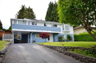 Photo 3: 6021 GRANT Street in Burnaby: Parkcrest House for sale (Burnaby North)  : MLS®# R2585610