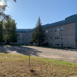 Photo 1: 302 102 Manor Drive in Nipawin: Residential for sale : MLS®# SK827518