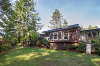 """Photo 3: 40216 KINTYRE Drive in Squamish: Garibaldi Highlands House for sale in """"Garibaldi Highlands"""" : MLS®# R2623133"""