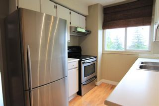 Photo 7: 26 4940 39 Avenue SW in Calgary: Glenbrook Row/Townhouse for sale : MLS®# C4302811