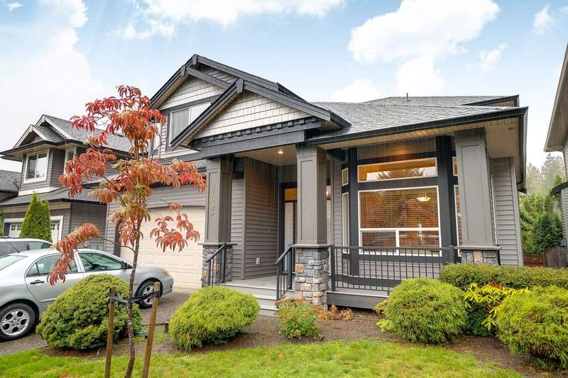 FEATURED LISTING: 21693 90A Avenue Langley