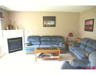 """Photo 5: 100 46360 VALLEYVIEW Road in Sardis: Promontory Townhouse for sale in """"APPLE CREEK"""" : MLS®# H2803711"""