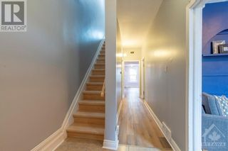 Photo 3: 8 CHRISTIE STREET in Ottawa: House for sale : MLS®# 1261249