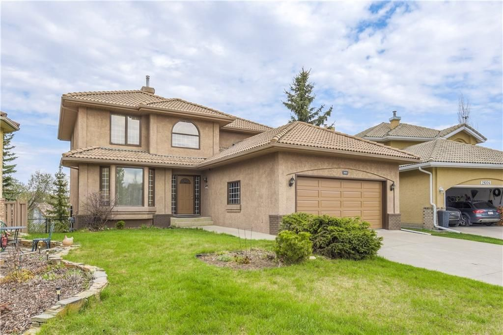 Photo 2: Photos: 2603 SIGNAL RIDGE View SW in Calgary: Signal Hill House for sale : MLS®# C4177922