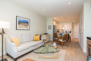 """Photo 9: 415 14855 THRIFT Avenue: White Rock Condo for sale in """"The Royce"""" (South Surrey White Rock)  : MLS®# R2538329"""