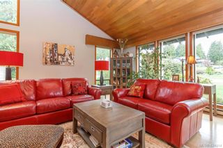 Photo 5: 839 Wavecrest Pl in VICTORIA: SE Broadmead House for sale (Saanich East)  : MLS®# 838161