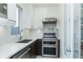 """Photo 12: 1105 JOHNSTON Road: White Rock House for sale in """"Hillside"""" (South Surrey White Rock)  : MLS®# R2511145"""