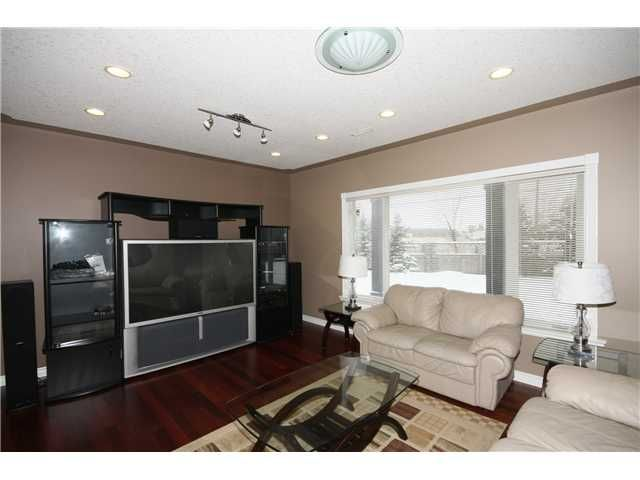 Photo 17: Photos: 51 WESTON Rise SW in CALGARY: West Springs Residential Detached Single Family for sale (Calgary)  : MLS®# C3544531