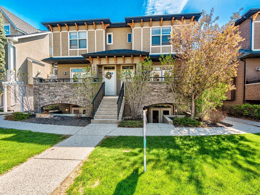 Main Photo: 2 1936 24A Street SW in Calgary: Richmond Row/Townhouse for sale : MLS®# A1127326