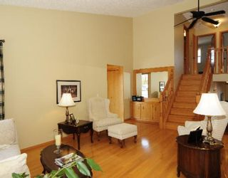 Photo 2: 339 SHAWNESSY Drive SW in CALGARY: Shawnessy Residential Detached Single Family for sale (Calgary)  : MLS®# C3401146