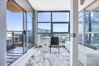 """Photo 11: 2402 989 BEATTY Street in Vancouver: Yaletown Condo for sale in """"THE NOVA"""" (Vancouver West)  : MLS®# R2604088"""