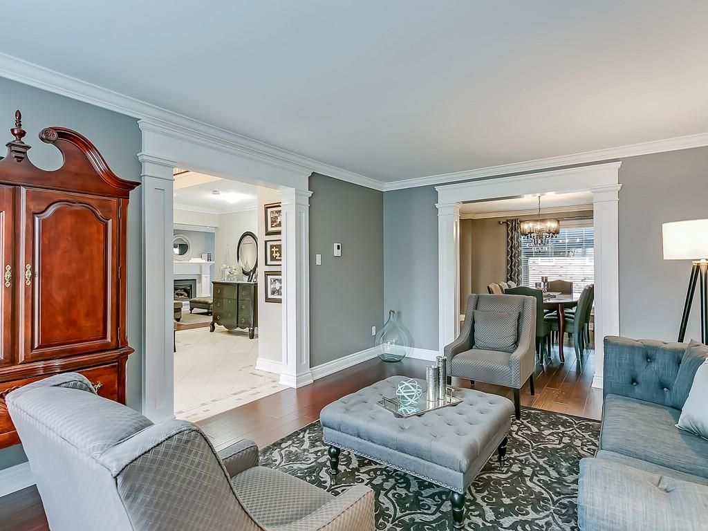 Photo 5: Photos: 2140 SIXTH Line in Oakville: Residential for sale : MLS®# H4068509