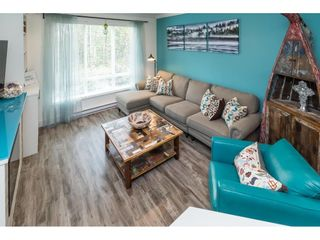 """Photo 22: 4 3039 156 Street in Surrey: Grandview Surrey Townhouse for sale in """"NICHE"""" (South Surrey White Rock)  : MLS®# R2502386"""