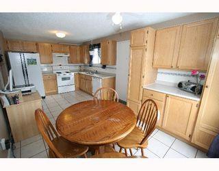 Photo 5:  in CALGARY: Falconridge Residential Detached Single Family for sale (Calgary)  : MLS®# C3256546