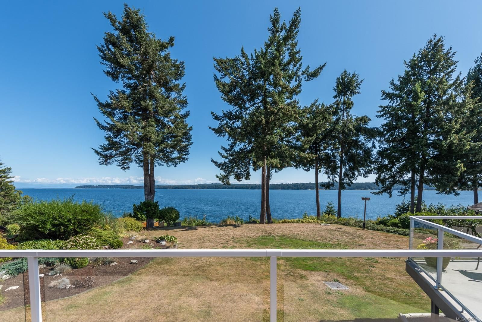 Main Photo: 5880 GARVIN Rd in : CV Union Bay/Fanny Bay House for sale (Comox Valley)  : MLS®# 853950