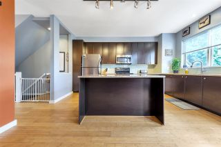 """Photo 10: 16 6033 168 Street in Surrey: Cloverdale BC Townhouse for sale in """"CHESTNUT"""" (Cloverdale)  : MLS®# R2551904"""