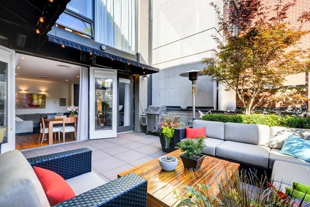 Main Photo: 8 1245 HOMER STREET in Vancouver: Yaletown Condo for sale (Vancouver West)  : MLS®# R2004807