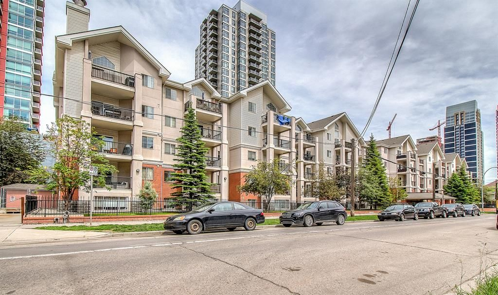 Main Photo: 407 126 14 Avenue SW in Calgary: Beltline Apartment for sale : MLS®# A1056352