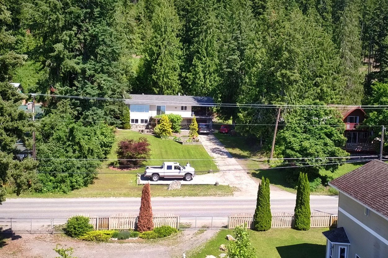 Photo 35: Photos: 2022 Eagle Bay Road: Blind Bay House for sale (South Shuswap)  : MLS®# 10202297