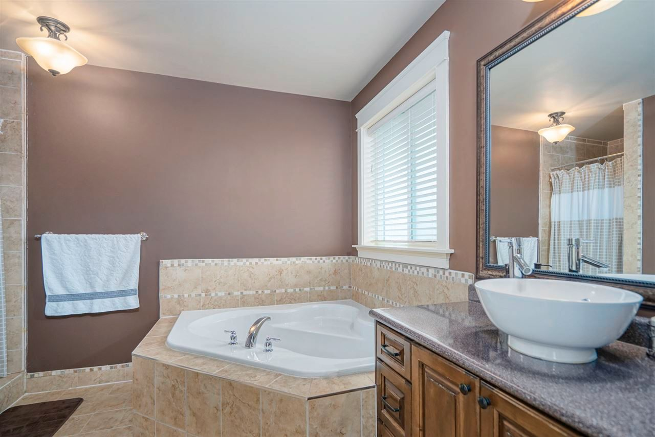 Photo 21: Photos: 8761 MACHELL Street in Mission: Mission BC House for sale : MLS®# R2571519