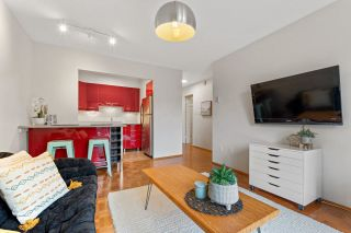 "Photo 6: 202 2080 MAPLE Street in Vancouver: Kitsilano Condo for sale in ""Maple Manor"" (Vancouver West)  : MLS®# R2576001"