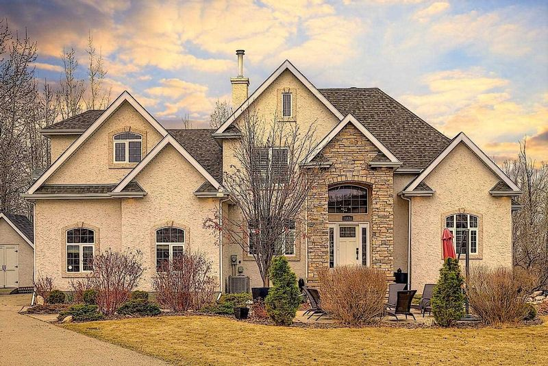 FEATURED LISTING: 117 Connelly Drive Rural Parkland County