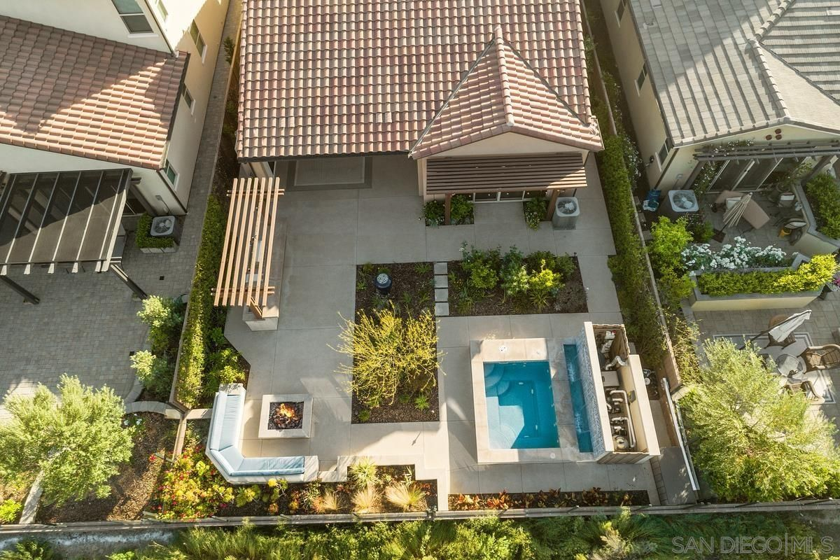 Photo 23: Photos: RANCHO BERNARDO House for sale : 3 bedrooms : 8012 Auberge Circle in San Diego
