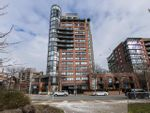 """Main Photo: 10C 199 DRAKE Street in Vancouver: Yaletown Condo for sale in """"CONCORDIA 1"""" (Vancouver West)  : MLS®# R2539673"""