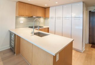Photo 8: 426 2008 PINE Street in Vancouver: False Creek Condo for sale (Vancouver West)  : MLS®# R2560349