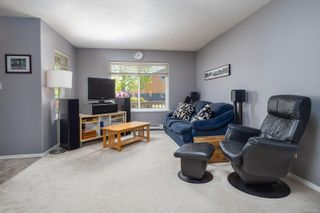 Photo 4: 758 Blackberry Rd in : SE High Quadra Row/Townhouse for sale (Saanich East)  : MLS®# 876346