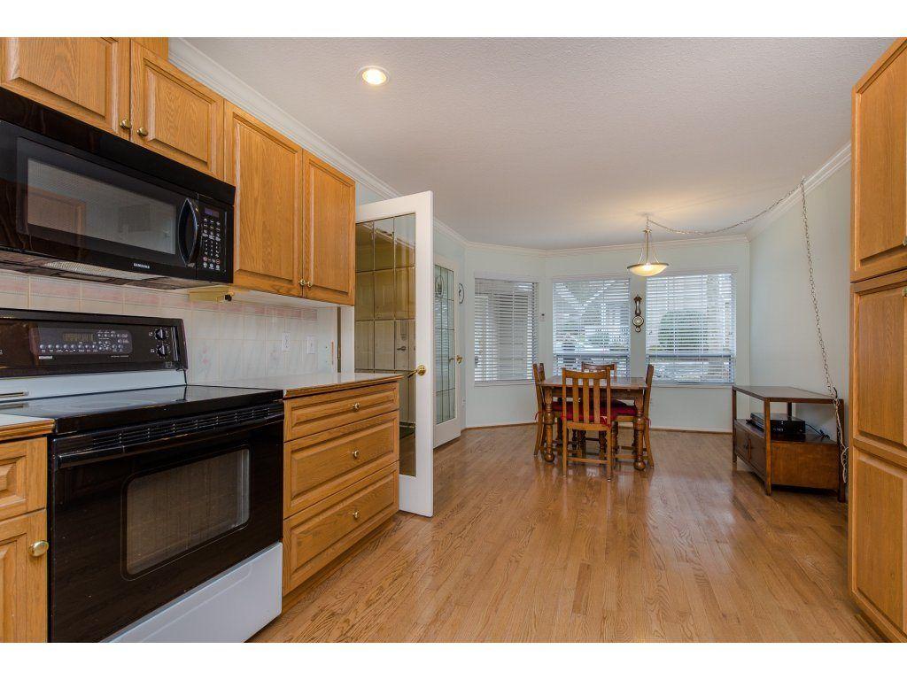 "Photo 7: Photos: 8 21848 50 Avenue in Langley: Murrayville Townhouse for sale in ""CEDAR CREST ESTATES"" : MLS®# R2132089"