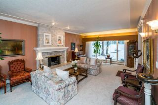 Photo 3: 5647 MORIARTY Crescent in Prince George: Upper College House for sale (PG City South (Zone 74))  : MLS®# R2332546