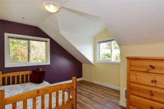 Photo 13: 14659 W BEACH Avenue: White Rock House for sale (South Surrey White Rock)  : MLS®# R2344837